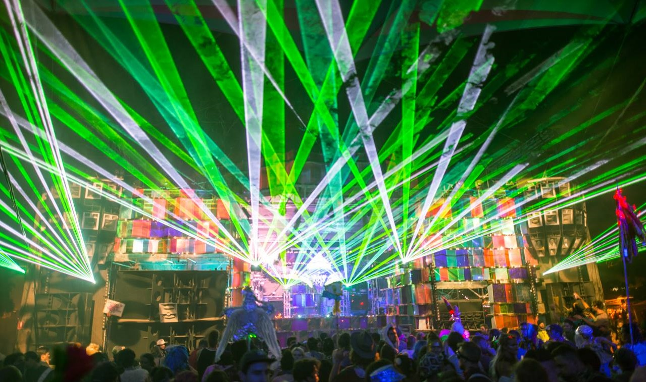 Rainbow Serpent Market stage 2017 lasers