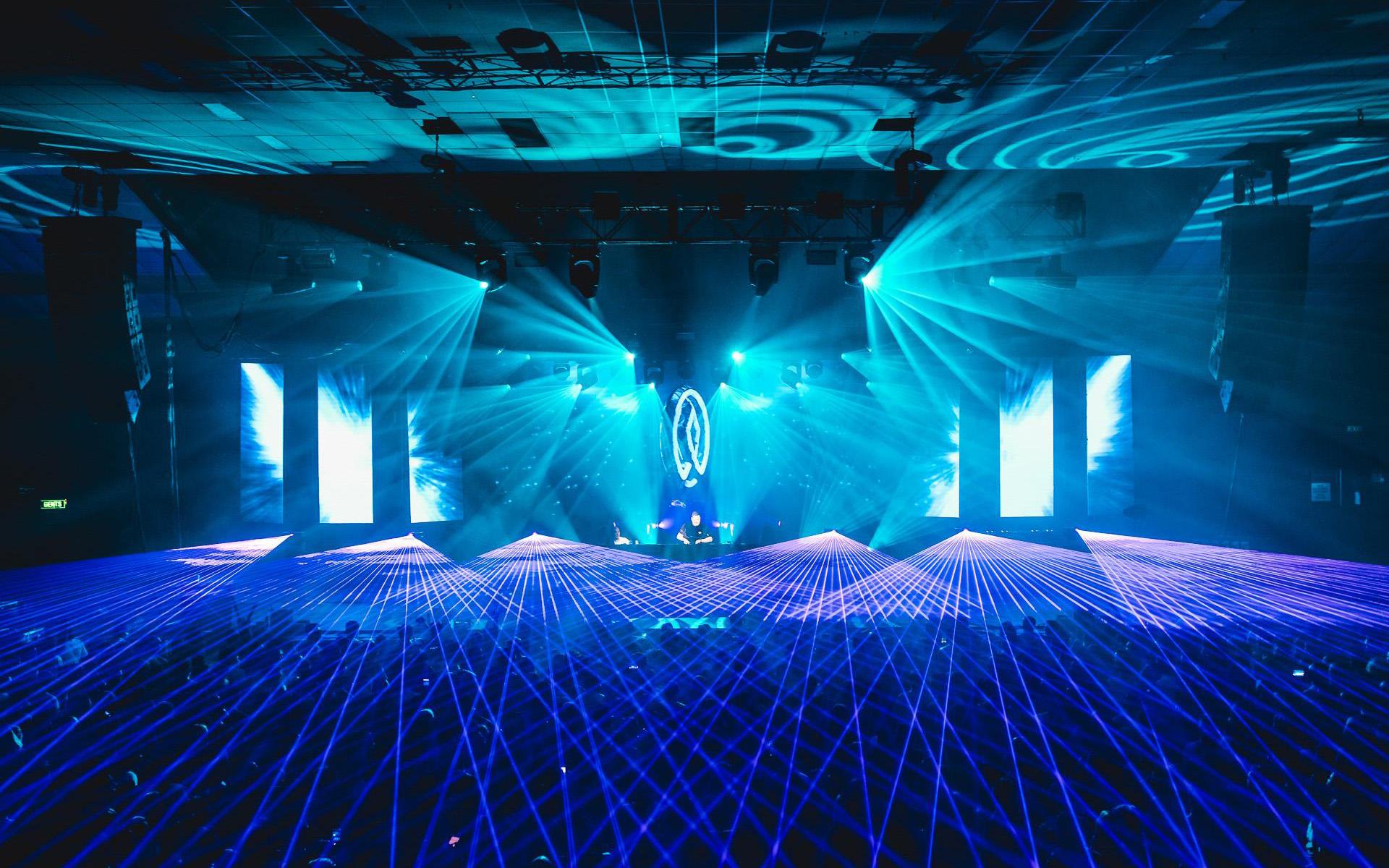 Istoria Melbourne Armin van Buuren lasers